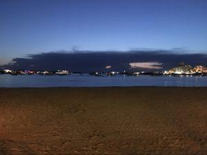 イビザの夜の浜辺