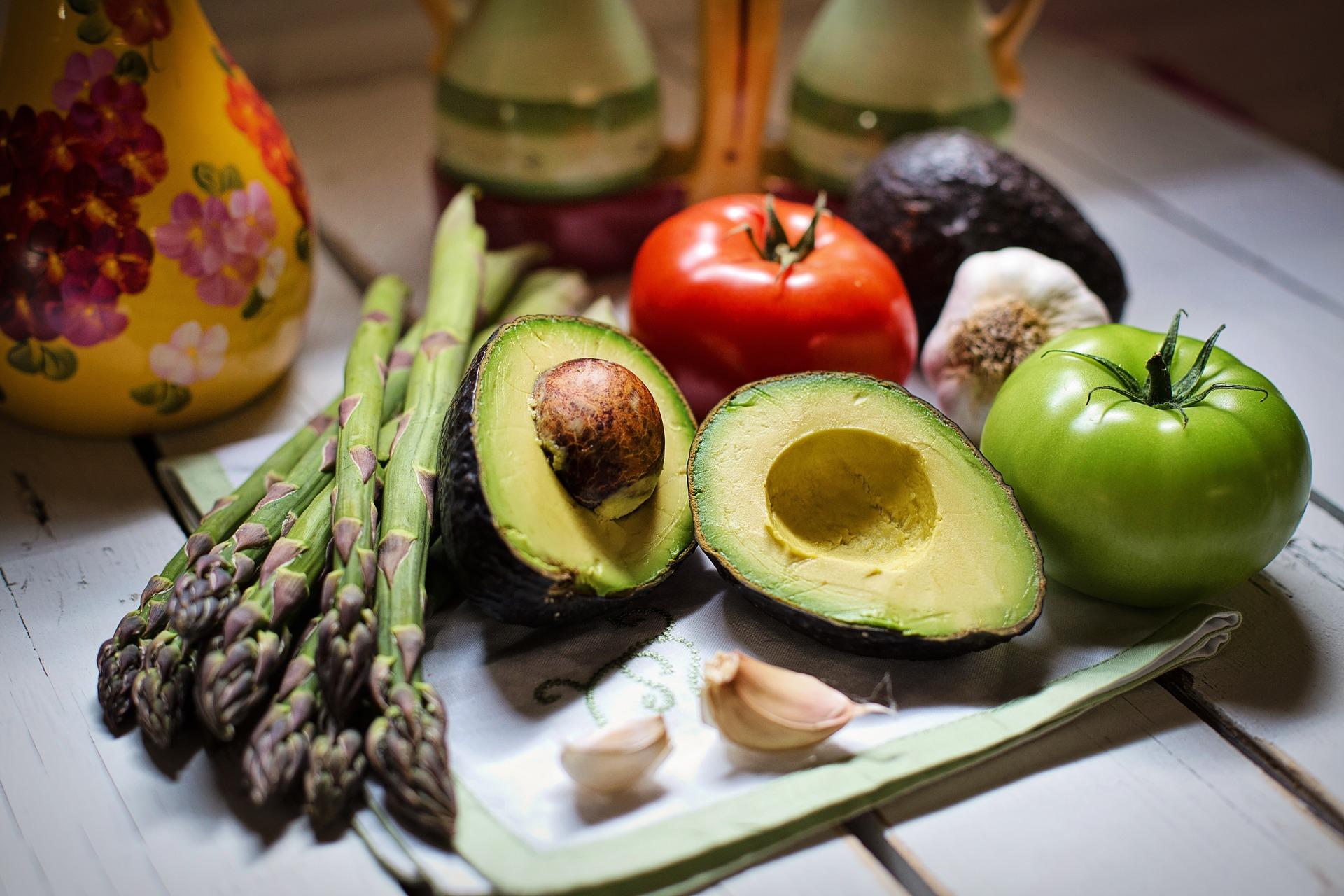 アボカドと野菜